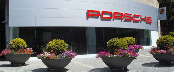 centre-porsche-andorre-garage.jpg