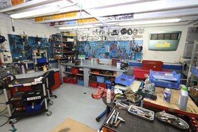 Atelier outillage spécifique Porsche