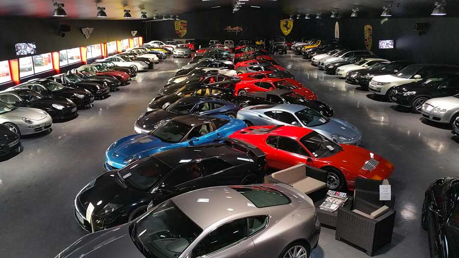 Chantilly cars prestige garage multimarques porsche for Garage vente voiture occasion beziers