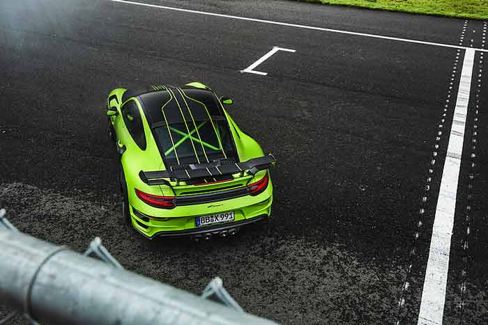 porsche turbo techart verte vue dessus