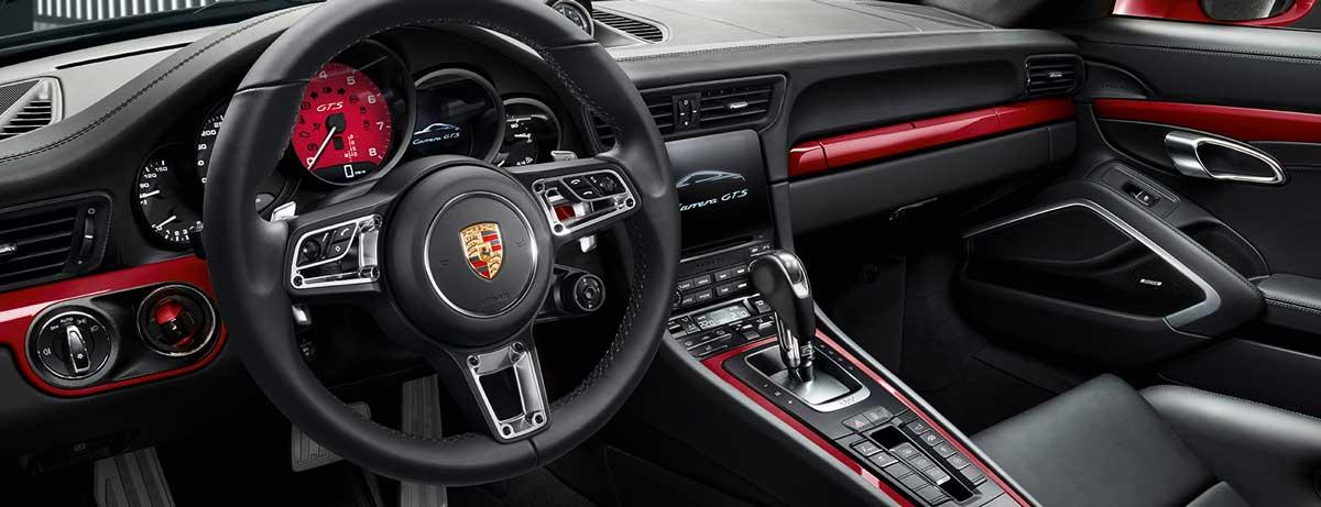 Nouvelle porsche 911 carrera gts 4 gts coup cabriolet for Interieur 911