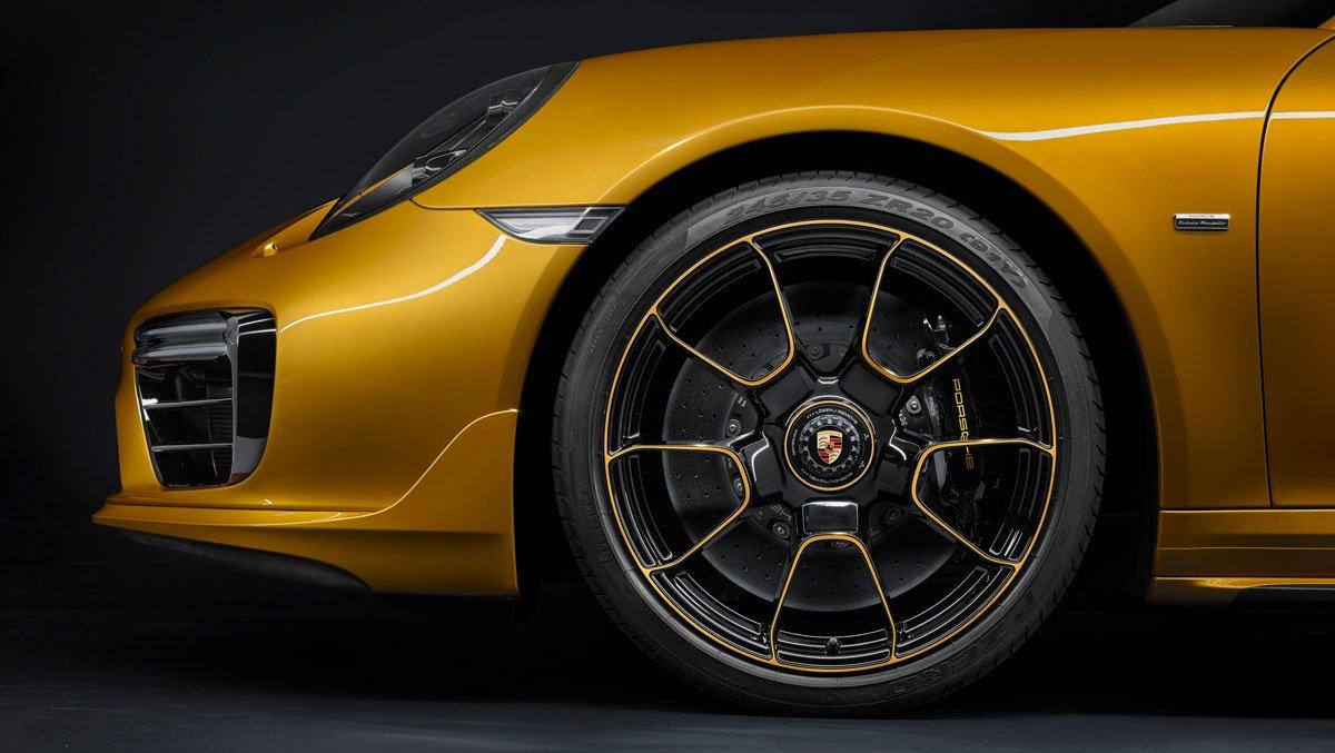 porsche 911 turbo s exclusive series 2017 09