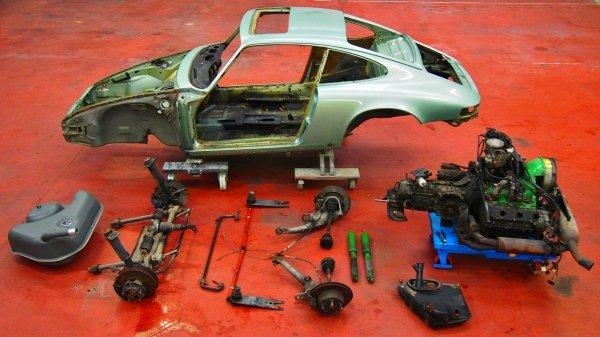 Restauration Porsche 911 2.7