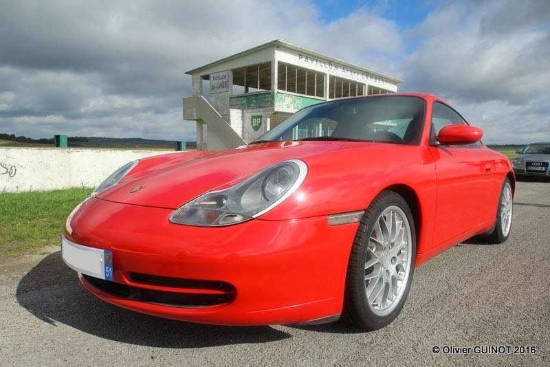 Porsche 911 996 Carrera 4 X51 2000 rouge indien indishrot red guards