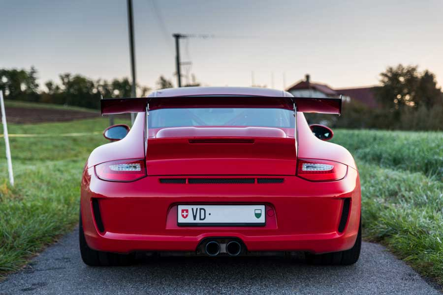 Porsche 911 997 2 GT2 RS 2010 Rouge indien red guards indishrot 01