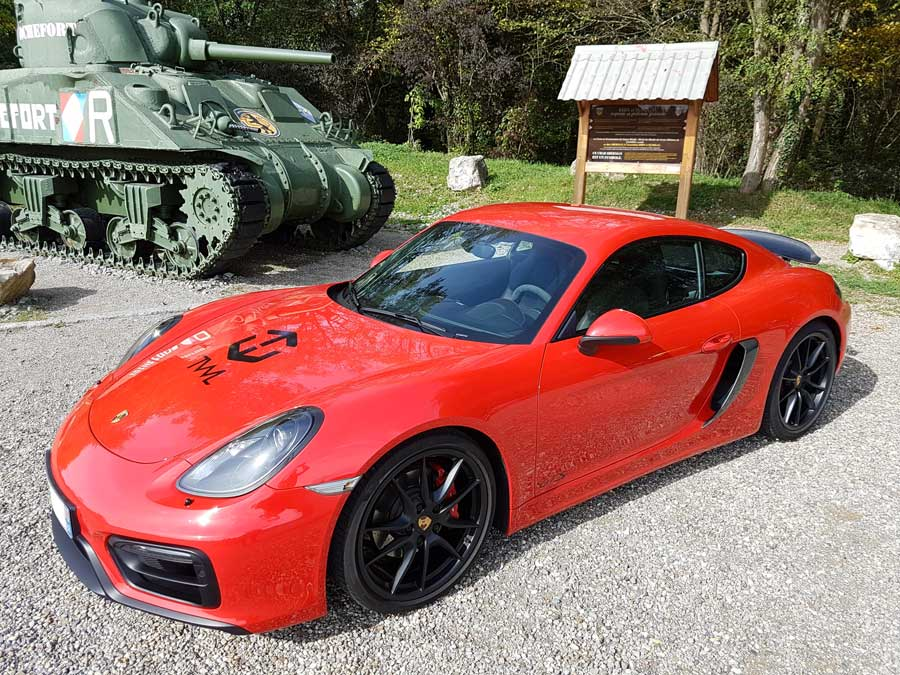 Porsche Cayman GTS 981 2015 rouge indien indishrot red guards 01