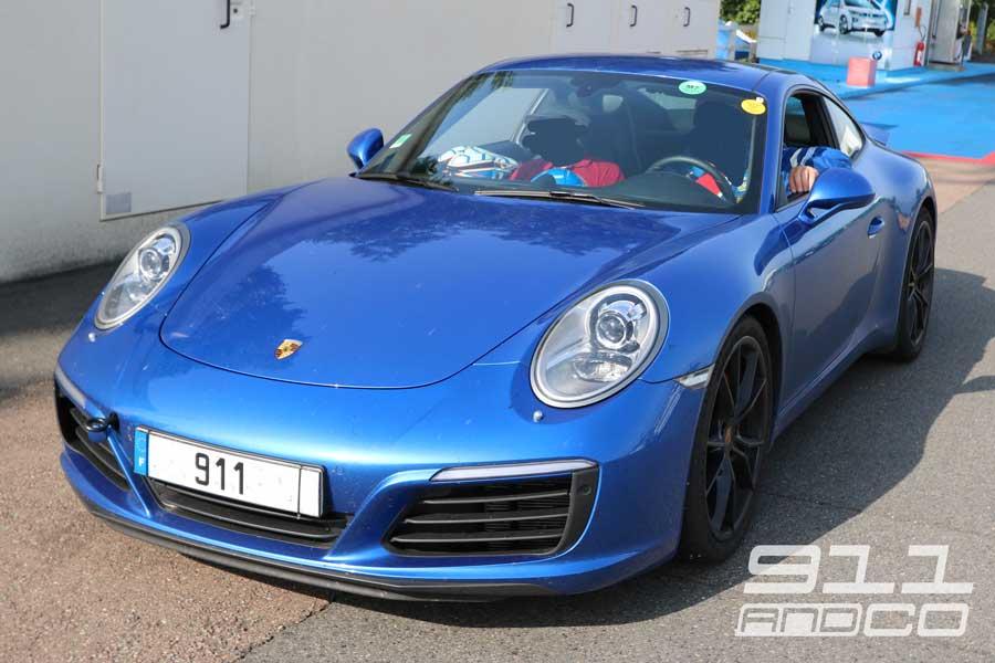 Porsche 911 Carrera S bleu-saphir Porsche Days 2017 01
