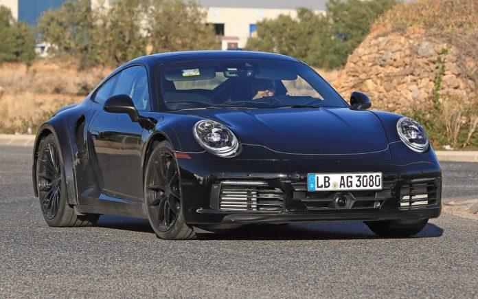 Porsche 992 911 2018 01