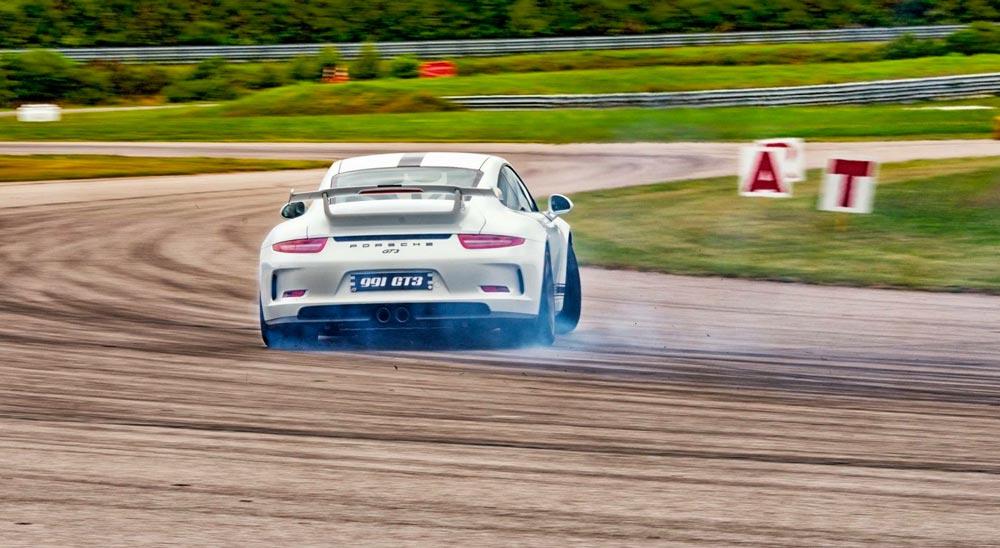 Porsche 911 GT3 blanc carrara 2015 02