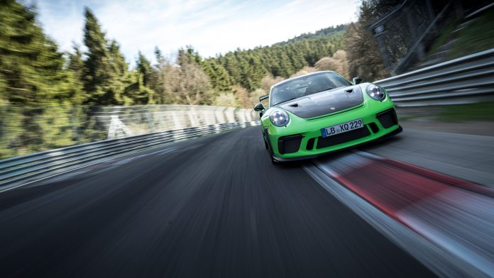Porsche-911-GT3-RS-nurburgring-record-4