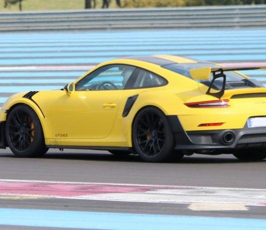 Porsche 911 GT2 RS Jaune Racing 03