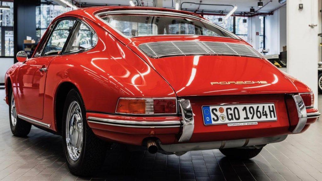 Evolution de la carrosserie des Porsche 911 2l de 1965 à 1969 15