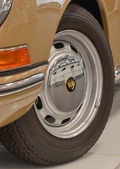 Evolution de la carrosserie des Porsche 911 2l de 1965 à 1969 23
