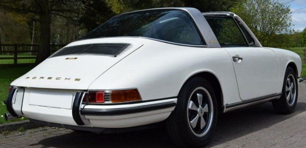 Evolution de la carrosserie des Porsche 911 2l de 1965 a 1969 46b