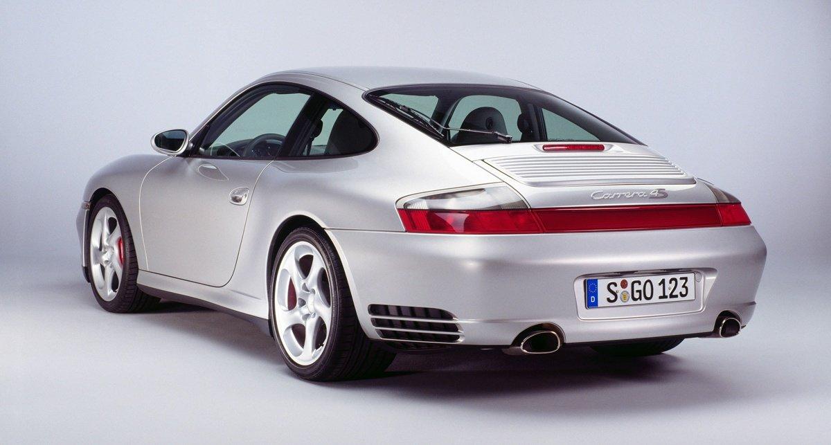 Histoire porsche 911 996 Carrera-4S-16_0